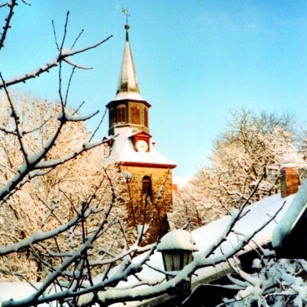AufAlt_kirchturm_winter_klein